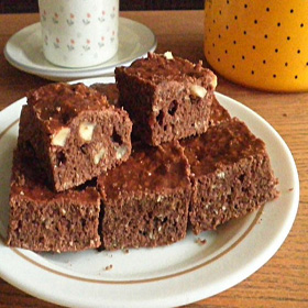 Brownies Almond Bakar